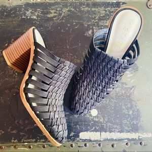 1. State Licha leather mules